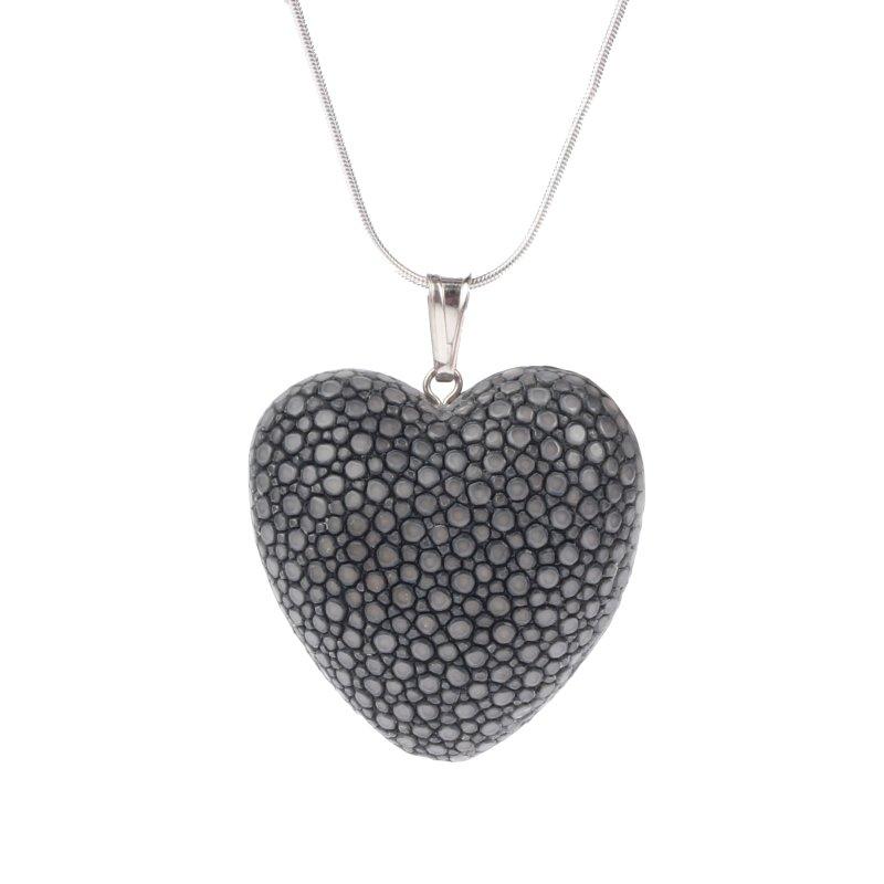 Felex Stingray Halskette mit Herz aus Rochenleder Herzke